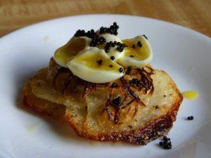 wachteleier mit kaviar